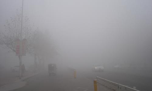 雾霾天不要戴隐形眼镜