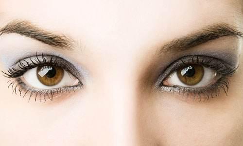 成人近视可以进行激光手术吗?